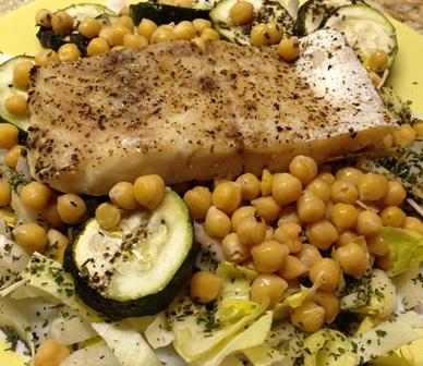 Ryba pieczona z ciecierzycą