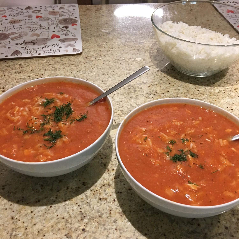 Super zdrowa zupa pomidorowa - przysmak każdego
